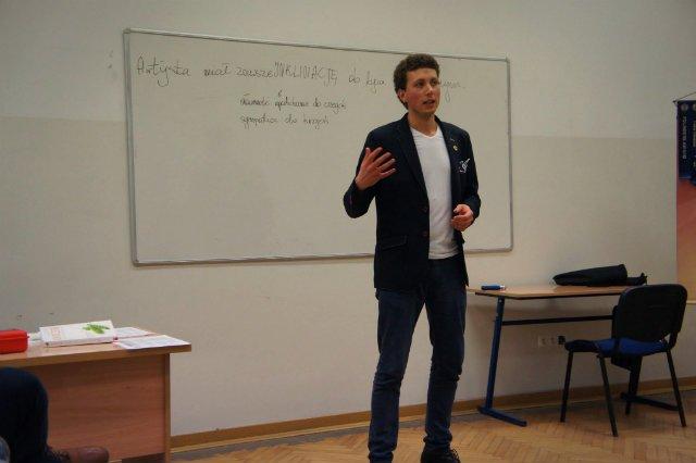 Łukasz Zakrzewski, twórca Leżucha