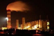Kolejna elektrownia węglowa w Polsce przyniesie same straty - przekonują akcjonariusze Enei i ekolodzy