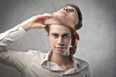 Istnieją sposoby na zerwanie kłamliwej maski