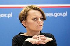 Minister Emilewicz chce, by produkcją prądu zajęli się właściciele domów i spółdzielnie mieszkaniowe