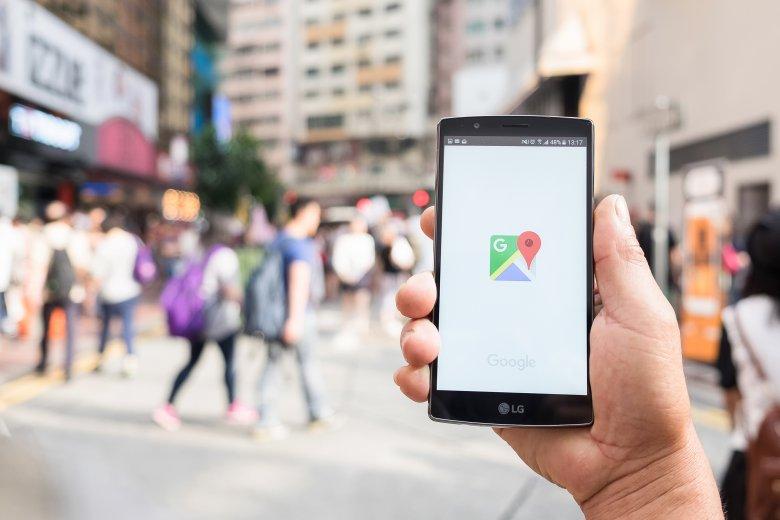 Nowa funkcja Map Google Live View pomoże sprawnie poruszać się po miastach.