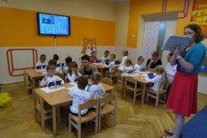 Bez zaangażowania rodziców inicjatywy zachęcające do nauki, takie jak program Mistrzowie Kodowania, sporo tracą. Na zdjęciu prowadzone przez Annę Świć zajęcia z kodowania w Przedszkolu nr 82 w Lublinie, w których wzięli udział rodzice