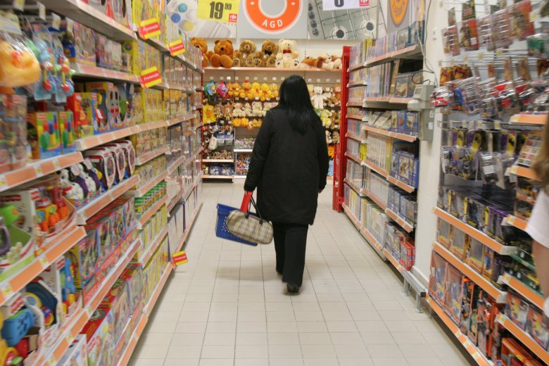 Polskie sieci Carrefour wprowadziły w wybranych sklepach półki z ukraińską żywnością