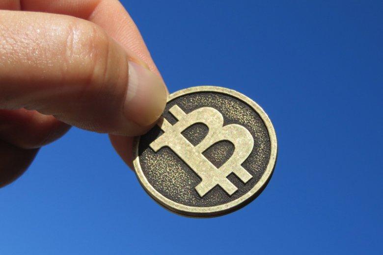 Bitcoin w polskiej Ambasadzie rozbił się o... pieniądz