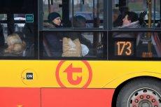 W dwustu autobusach w Warszawie można już ładować urządzenia mobilne - a to dopiero początek.