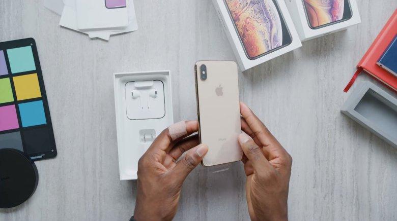Apple zanotował solidne wyniki finansowe za ostatni kwartał kalendarzowy roku 2018. Niepokojący jest jednak spory spadek w segmencie iPhone'ów.