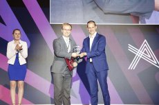ABSL tech lab to nowy program akceleracyjny dla technologicznych start-upów, których pomysły odpowiadają na współczesne wyzwania rynkowe. Partnerem strategicznym projektu jest międzynarodowa firma Procter & Gamble