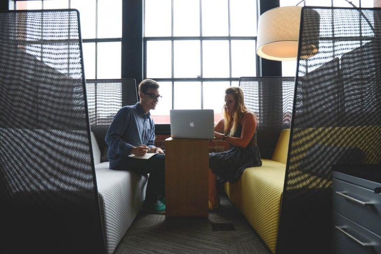Start-up nie zaczyna swojego życia od załatwienia formalności w urzędzie. Kształtów nabiera zanim firma w ogóle powstanie