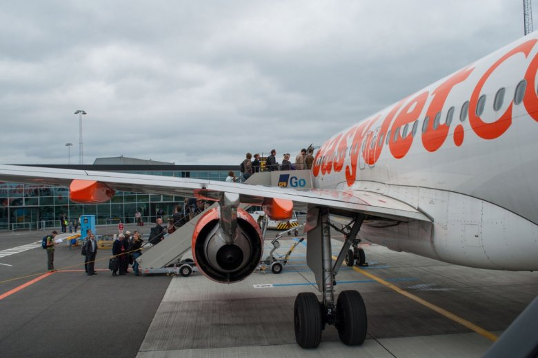 Nieporozumienie w Portugalii zostało spowodowane systemem wolnych slotów: załoga musiała wykorzystać nadarzającą się możliwość opuszczenia lotniska bez zakłócania ruchu na nim.