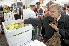W tym roku jabłka są dwa razy droższe niż przed rokiem. Niektóre krajowe odmiany kosztują tyle, ile importowane mandarynki