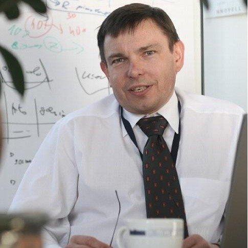 """Marek Szelągowski, autor książki """"Zarządzanie procesowe w gospodarce wiedzy""""."""