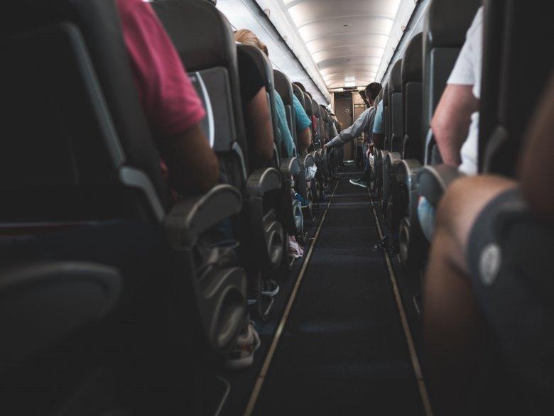 To samo miejsce w samolocie może kosztować różnie dla innego klienta. Dlaczego?