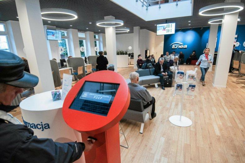 Biuro obsługi klienta koncernu Enea. W wyniku przejęcia linii energetycznej na polsko-białoruskiej granicy firma miała ponieść szkodę rzędu ponad 15 mln zł.
