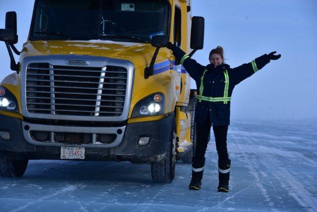 Iwona w swojej ciężarówce odwiedza najniezwyklejsze miejsca