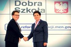 Minister edukacji Anna Zalewska i premier Beata Szydło.