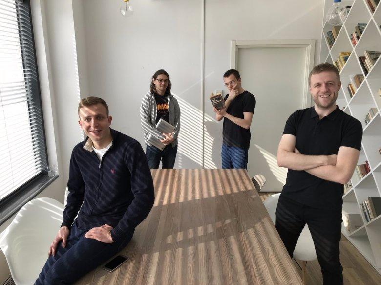 Międzynarodowy zespół Move Closer, od lewej, Max Sych (Białoruś), Igor Udod (Ukraina), Maciej Partyka (PL), Matthew Cowey (UK)