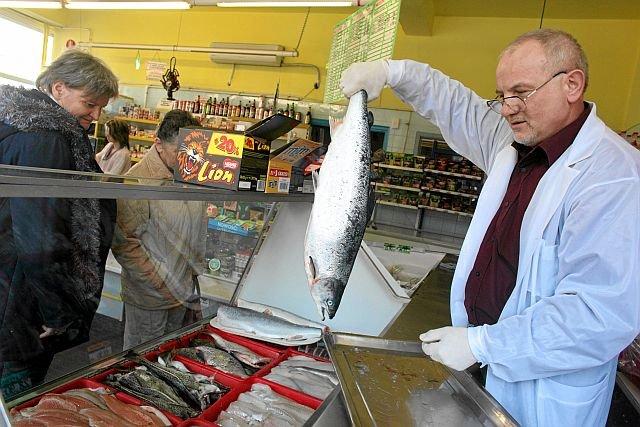 Łosoś i inne ryby morskie oraz oleje roślinne to najlepsze źródła kwasów omega-3.