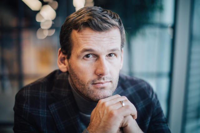 Mateusz Kusznierewicz – polski żeglarz sportowy, mistrz olimpijski i mistrz świata.