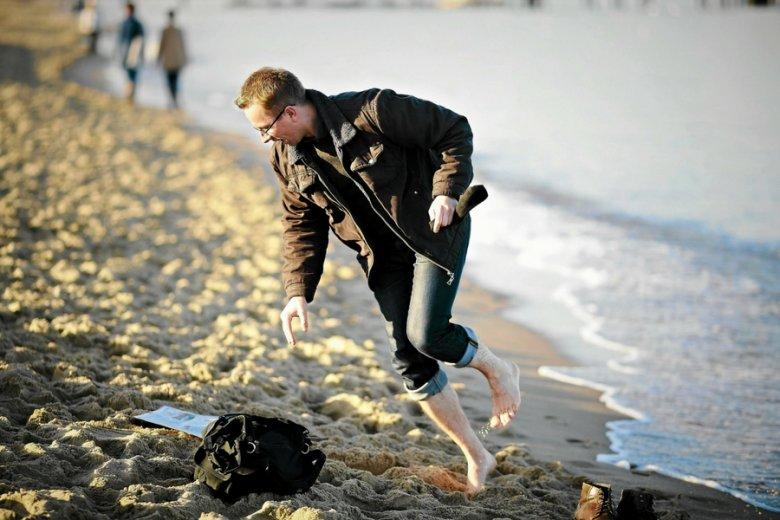 Sandboots mają imitować wrażenia i efekty chodzenia boso po piasku.