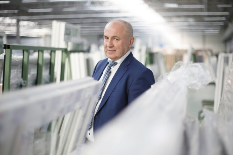 Leszek Gierszewski we wspomnieniach nie ukrywał, że powstanie firmy było możliwe dzięki zamożności rodziny żony.