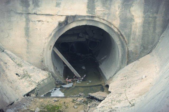 Jedno z przejść dla zwierząt w okolicach Kielc. Te z Lubartowa jest podobnych rozmiarów co widoczny za zdjęciu wlot do tunelu