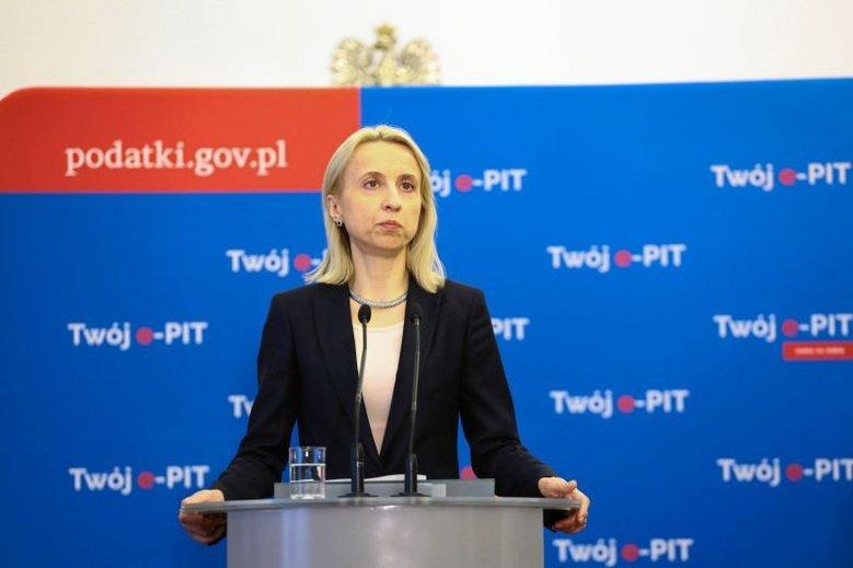 PiS ciągle pracuje nad tym, żeby min. Czerwińska została na stanowisku.