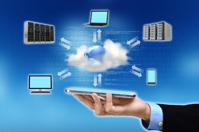 Dzięki oprogramowaniu działającemu w chmurze wystarczy dostęp do sieci, aby móc korzystać z zaawansowanych programów dla biznesu