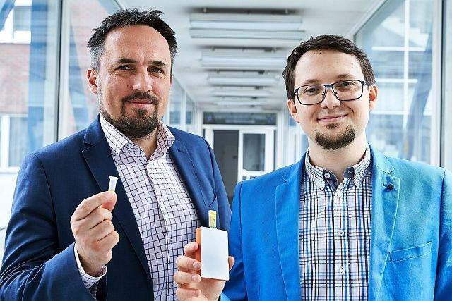 Tomasz Gondek i Dawid Nidzworski, twórcy Flu SensDX
