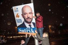 Tuż po zamknięciu lokali wyborczych, Sutryk zaczął usuwać swoje plakaty