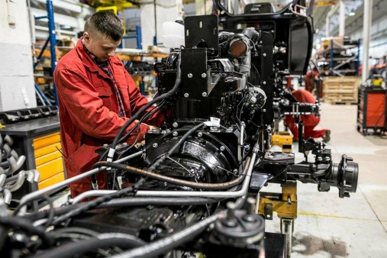 Linia produkcyjna w fabryce Ursus.