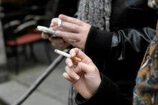 Hiszpański sąd uznał, że pracodawca może zażądać odpracowania czasu spędzonego na papierosie.