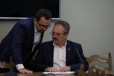 Poseł Kukiz'15 Marek Jakubiak wyprzedaje posiadane browary, by móc skupić się na działalności politycznej.