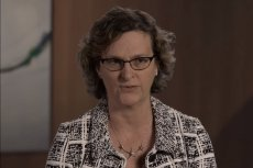 Beth Phalen z firmy Dell wyjaśnia, czego potrzeba nam w walce z hakerami