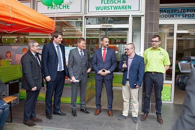 Otwarcie Promo Supermarkt z udziałem lokalnych władz oraz przedstawicieli polskiej izby handlowej