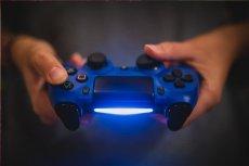 Do sieci wyciekło zdjęcie deweloperskiej wersji konsoli PS5. Jej premiera zaplanowana jest dopiero na koniec 2020 roku.