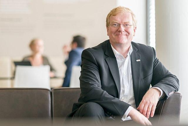 Internet rzeczy jest jak góra lodowa. Dziś widzimy tylko jej czubek, zdajemy sobie sprawę pewnie z 5 proc. możliwych zastosowań - mówi w rozmowie z INN:Poland Dr. Stefan Hartung, członek zarządu Bosch.
