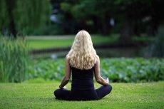 Dwie najpopularniejsze aplikacje do medytacji zarabiają łącznie 100 mln dolarów rocznie.