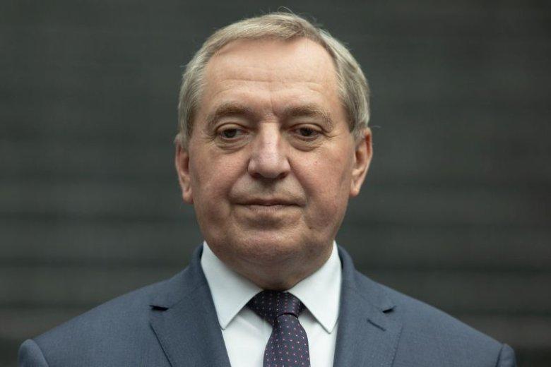 Minister Henryk Kowalczyk narzucił normy alarmowania o smogu. Stanowczo zbyt wysokie - mówią eksperci