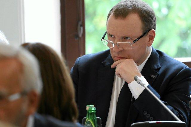 Jacek Kurski dzięki abonamentowi RTV chciał zyskać ogromny kredyt