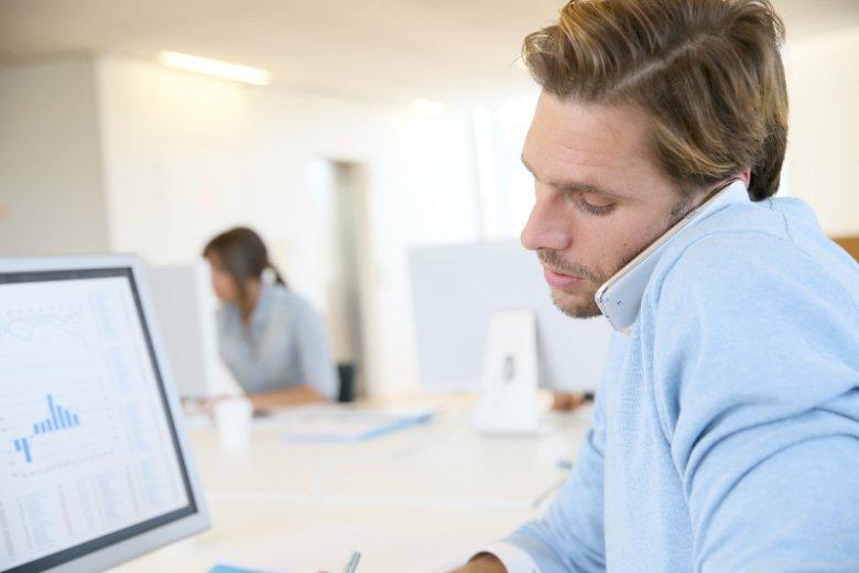 Dzwonienie po klientach, którzy zwlekają z zapłatą faktury za wykonaną usługę, przyprawia małych i średnich przedsiębiorców o ból głowy. Naprzeciw ich oczekiwaniom wychodzi Finiata, usługa mikrofaktoringu online