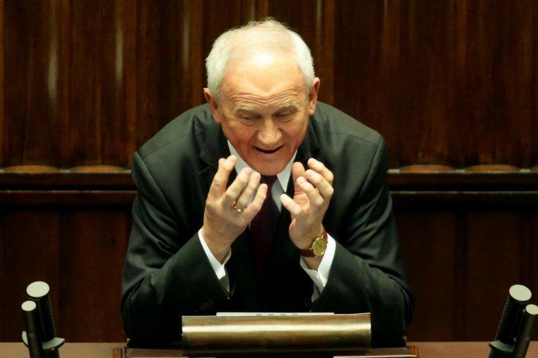 Minister energii Krzysztof Tchórzewski forsuje budowę elektrowni węglowej. Dopiął swego