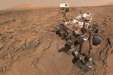 Krążący po powierzchni Marsa łazik Curiosity niestrudzenie dostarcza nam kolejnych tajemnicy do rozwiązania.