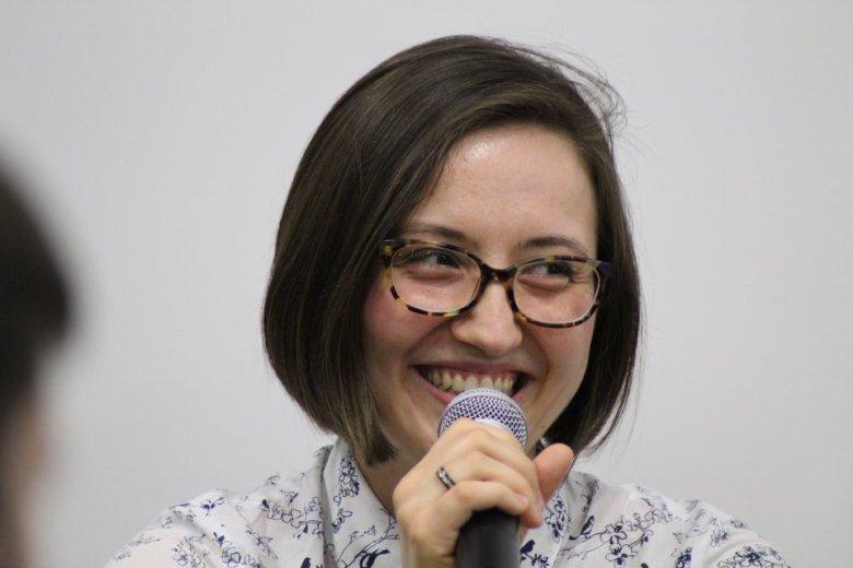 Paulina Sędłak Jakubowska wcześniej zawodowo grała na wiolonczeli. Dziś jest Frontend Developerem.