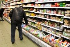 Teoretycznie Unia Europejska ustaliła limity spożycia ulepszaczy żywności. W praktyce nikt nie pilnuje, ile ich zjadamy.