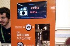 Bankomat na Bitcoiny. Czy w przyszłości będą te popularne, jak te klasycznych banków?