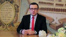 Prezydent Zamościa Andrzej Wnuk uważa, że konieczność ujawniania oświadczeń majątkowych odstrasza od służby publicznej specjalistów o najwyższych kwalifikacjach.
