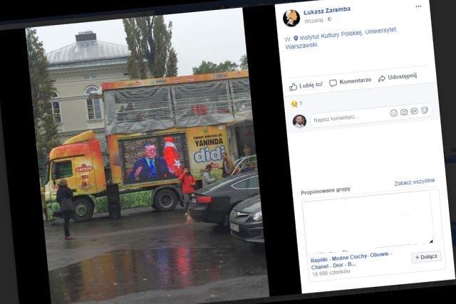 Zdjęcie kontrowersyjnej promocji zrobił dr Łukasz Zaremba, pracownik UW