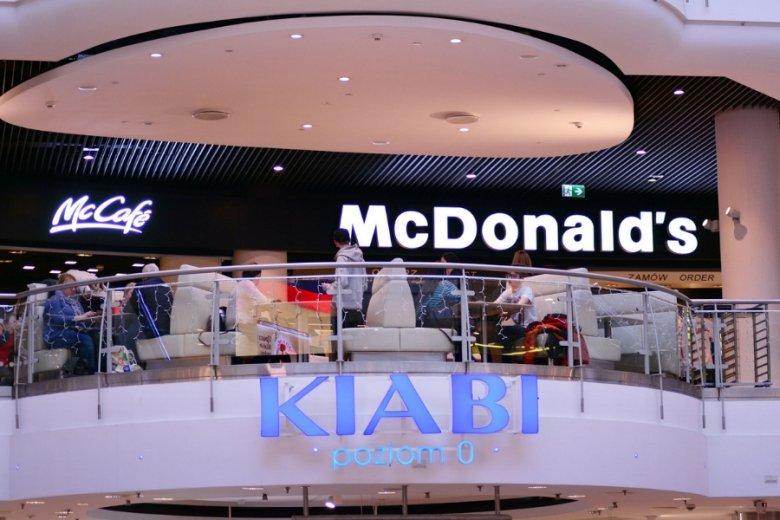 Fast-foody to kolejna branża, która ucierpiała w efekcie wprowadzenia zakazu handlu w niedziele.