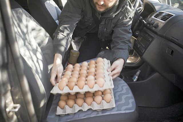 Ceny jaj rosną w zastraszającym tempie. W zeszłym roku płaciliśmy za nie o 1/3 mniej, niż teraz