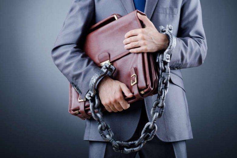 Wraz z uwolnieniem kolejnej transzy unijnych środków, na rynku pojawi się sporo oszustów udających specjalistów od pozyskiwania pieniędzy z UE